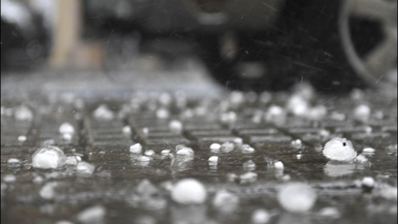 «¡Está granizando cubitos de hielo!».Playa de Menduíña