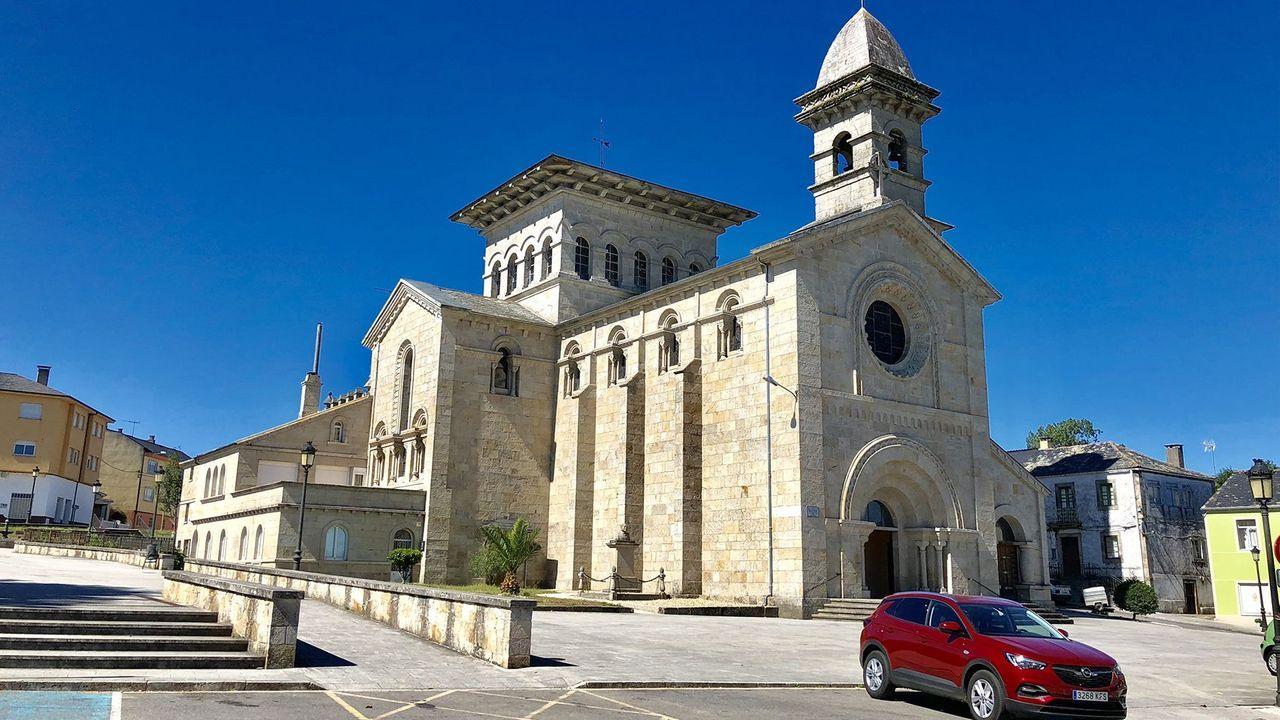 Vista de la iglesia parroquial de Guitiriz, que formará parte de la unidad pastoral de Guitiriz-Begonte