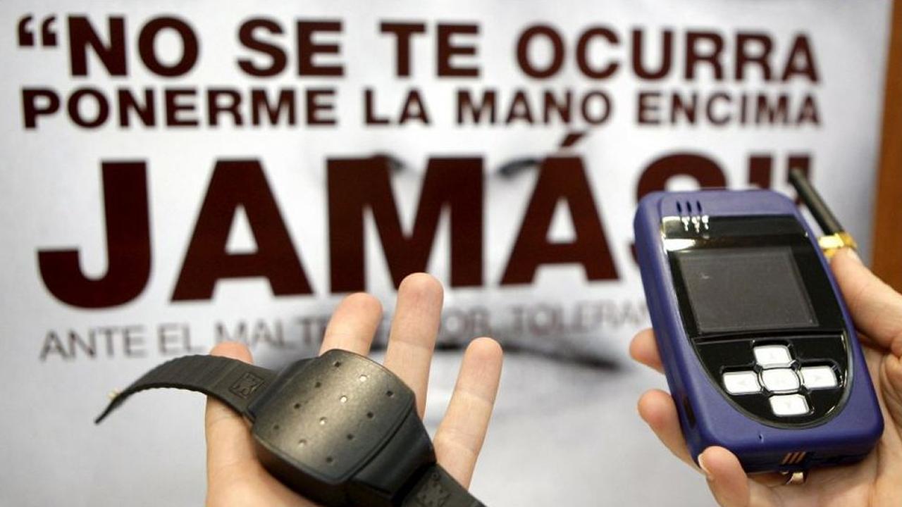 Las pulseras GPS permiten controlar las medidas de alejamiento de los maltratadores