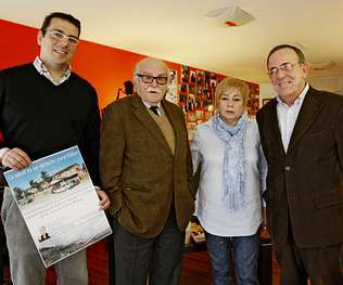 Directivos de la fundación de Manuel Garrido (derecha).
