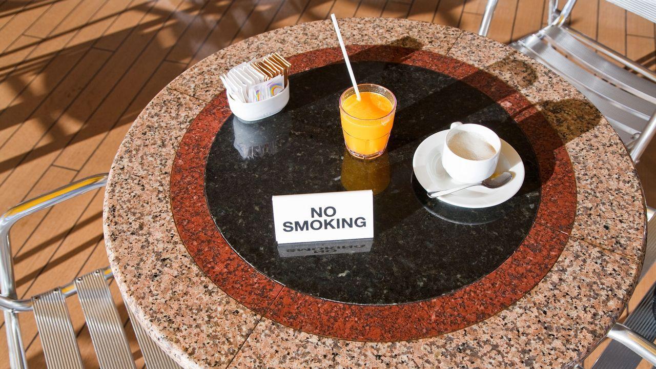 El 87 % de los locales hosteleros con terrazas cerradas no cumplen la normativa vigente