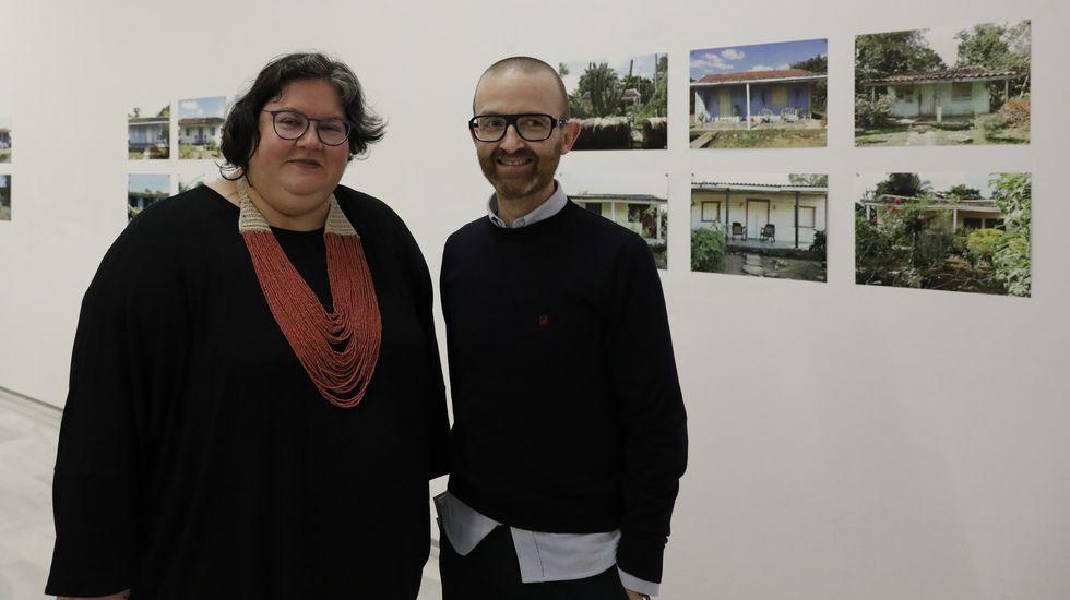 La exposición de Tascón en la sala Valente, en una foto del día de la inauguración (el 5 de marzo)