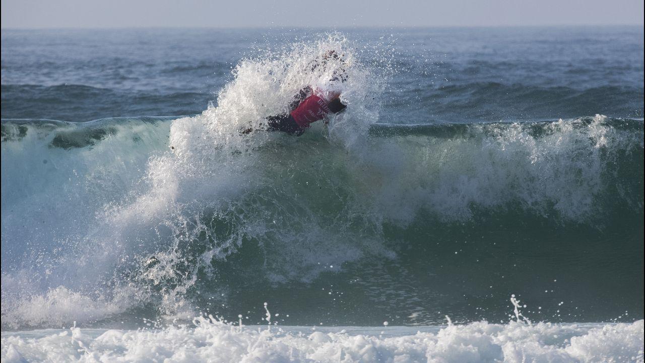 Las fotos que dejaron los campeonatos gallegos de surf en Caión