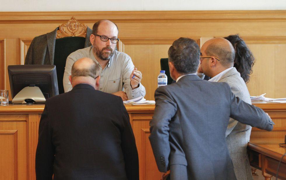 Noriega se ha encontrado con toda la oposición enfrente cuestionando su estrategia de ciudad.
