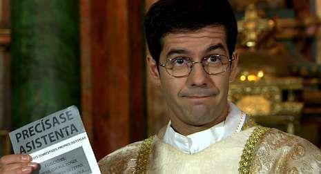 Padre Casares.Don Rodrigo buscará asistenta en el capítulo de esta noche.