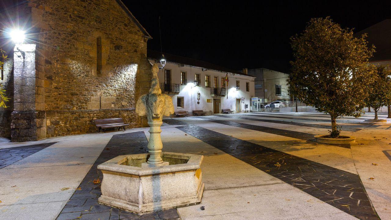 Plaza del antiguo consistorio y del convenio do Rosario