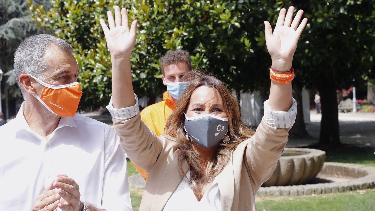 Ortuzar y Urkullu celebrando la victoria electoral en Bilbao el 12J