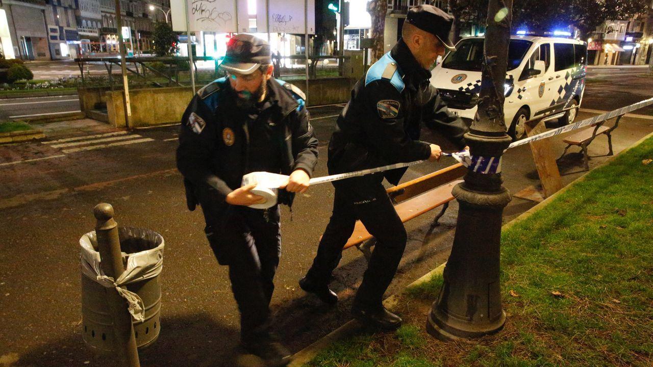 Amplio despliegue policial en los jardines.La empresa comunicó a la plantilla el cambio en un acto en el monte de San Pedro