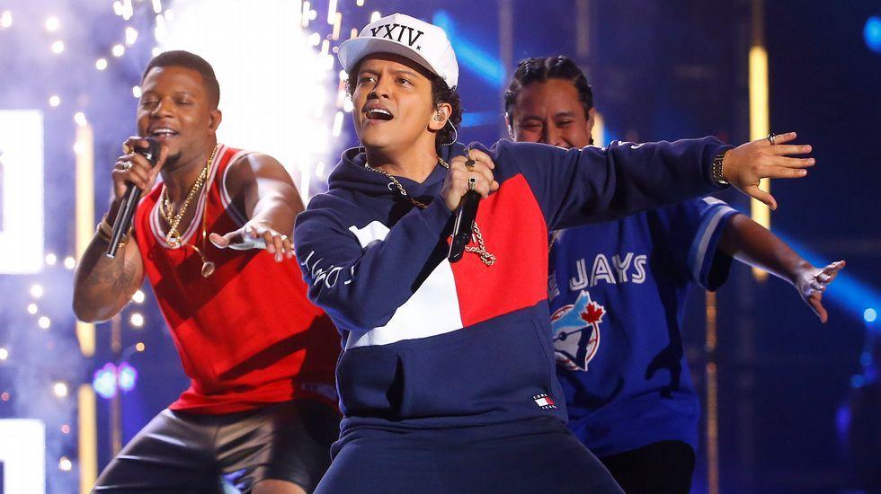 El hawaiano estaba fuera de las nominaciones porque su tercer álbum está a punto de ver  la luz.