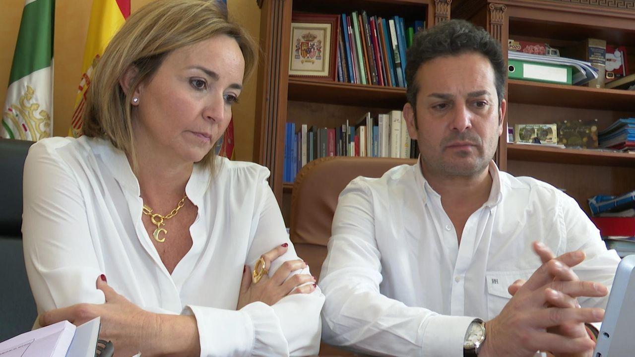 La alcaldesa de Els Poblets, Carolina Vives, y el alcalde de El Verger, Ximo Coll