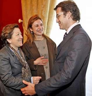 Feijoo, ayer junto a Farjas y Currás, las dos conselleiras que se van al Ejecutivo de Rajoy.