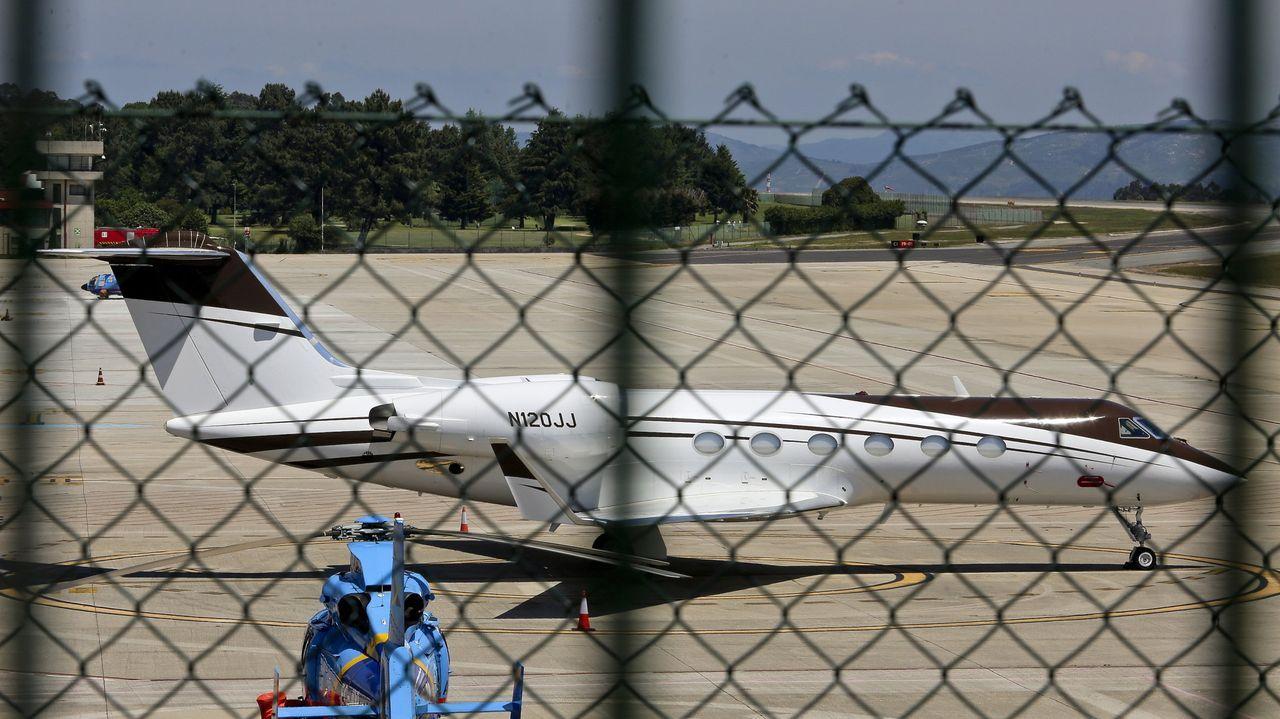Peinador también desescala: llega el primer vuelo de Canarias.Imagen de archivo de un avión de Vueling despegando en el aeropuerto de Alvedro