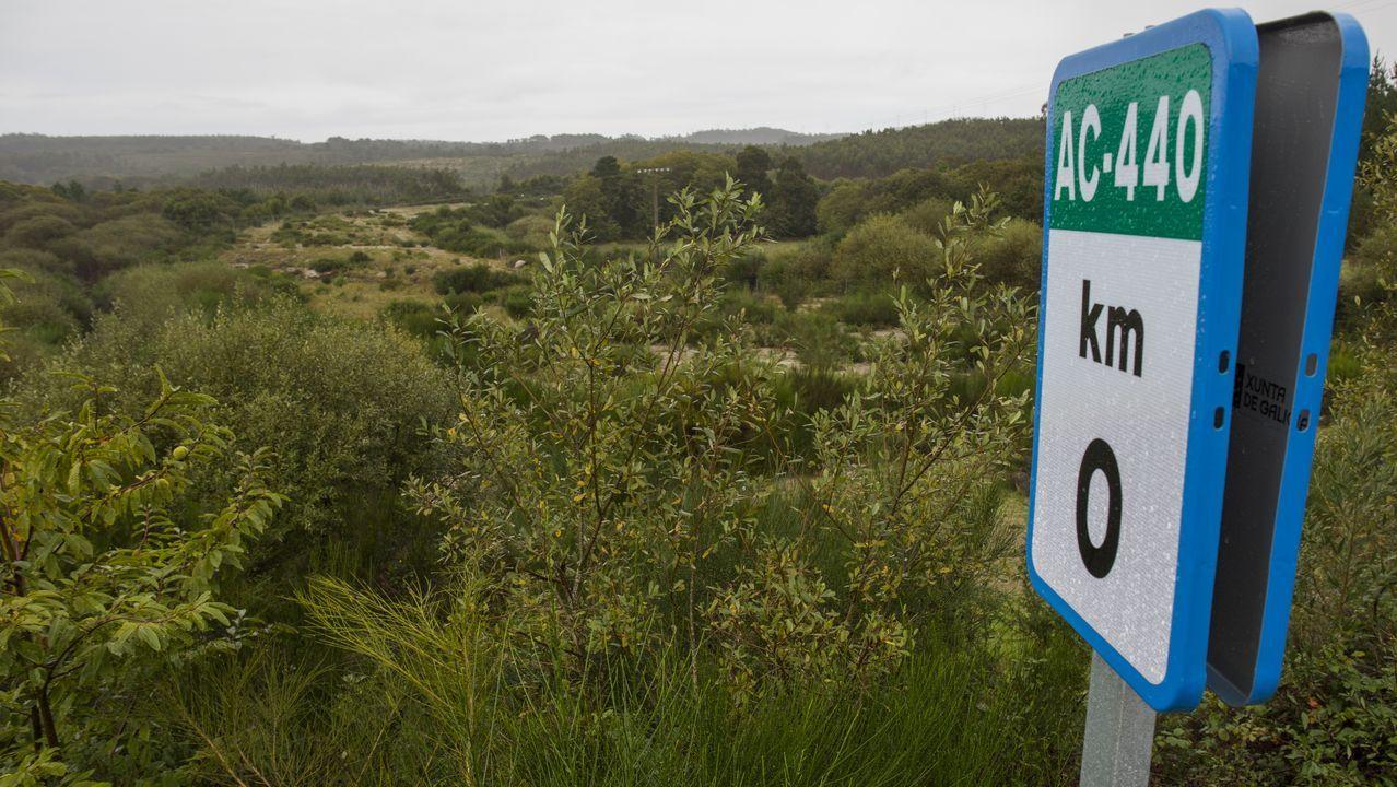 ¡Búscate en las fotos del Trail y la Andaina dos Foucellas, en Baio!.Acampada y velada de Samaín organizada por Adro