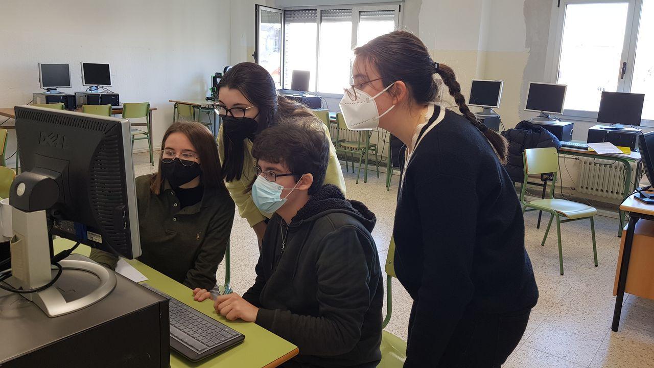 Los estudiantes del instituto Rio Cabe participaron en la competición por vía telemática