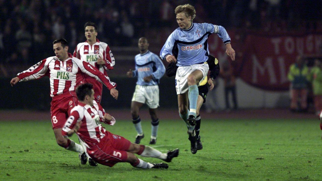 Eliminatoria frente al Estrella Roja en el 2000