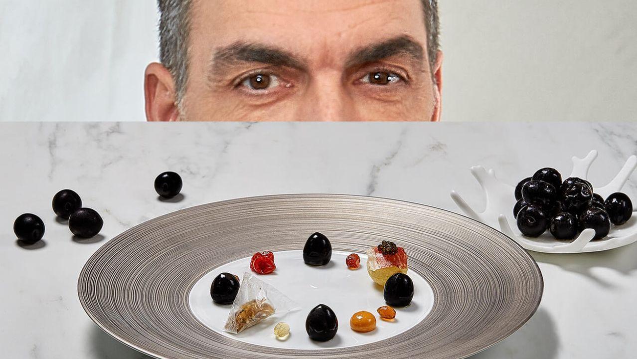 Ramón Freixa. Aceituna negra Cacereña para la hora del aperitivo (perfecto) en sus puntos. Cuatro propuestas complejas y perfectas del biestrellado chef catalán afincado en Madrid.