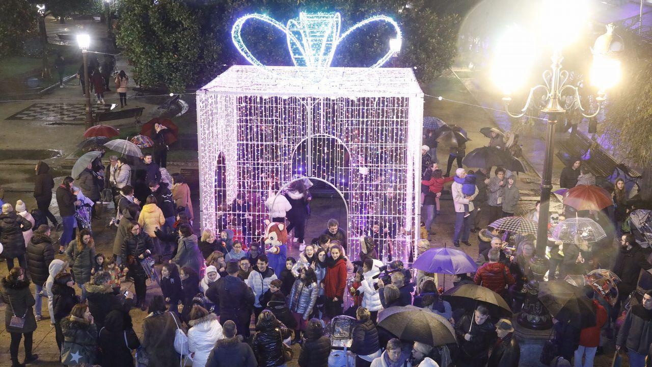 Una ciclógenesis antes de Navidad.Bras Rodrigo, durante la grabación del vídeo de «Un año de felicidad»