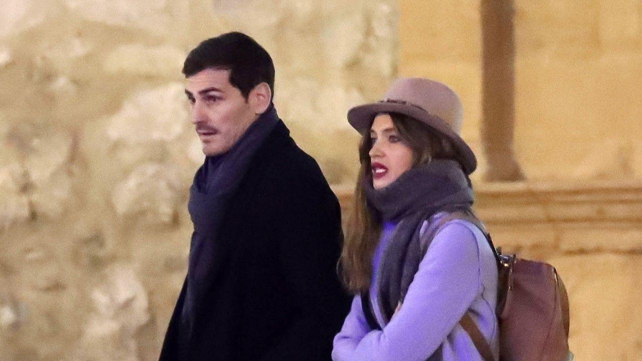 Sara Carbonero e Isabel Jiménez abandonando juntas un restaurante de Madrid en el que comieron con Iker Casillas hace unos días
