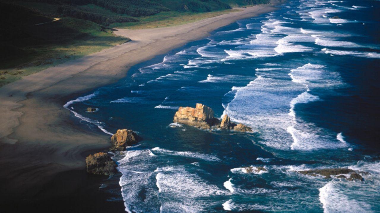 Playa, o playón, de Bayas, el arenal más largo de Asturias