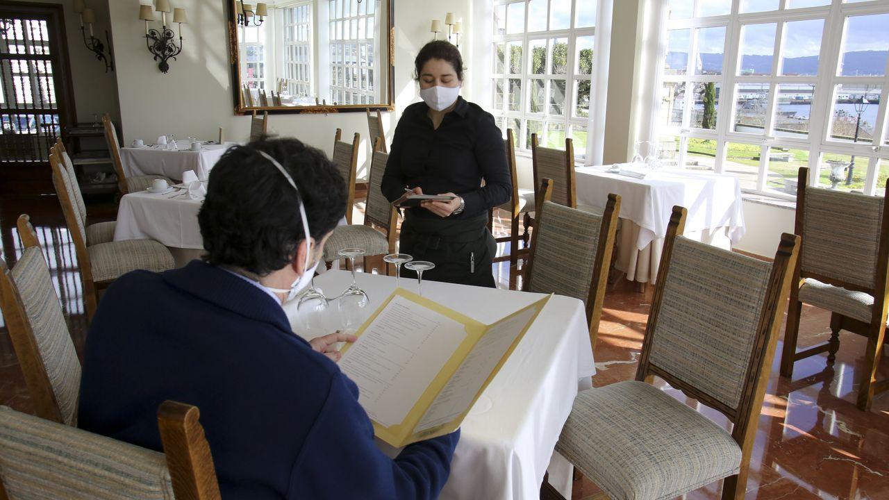 Alojamientos como el Parador de Turismo (en la imagen), el Gran Hotel o el Sercotel mantienen los servicios de restauración para sus huéspedes