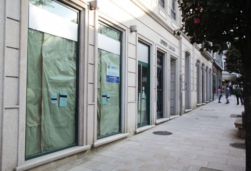 La cadena Telepizza estudia instalarse en un bajo de la calle Principal de Lalín.