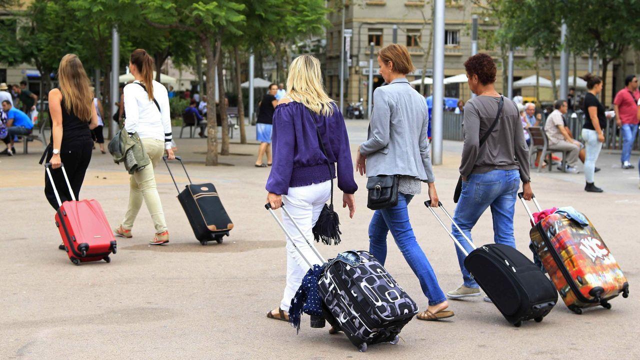 El sector turístico en Cataluña da empleo directo a más de 316.000 personas