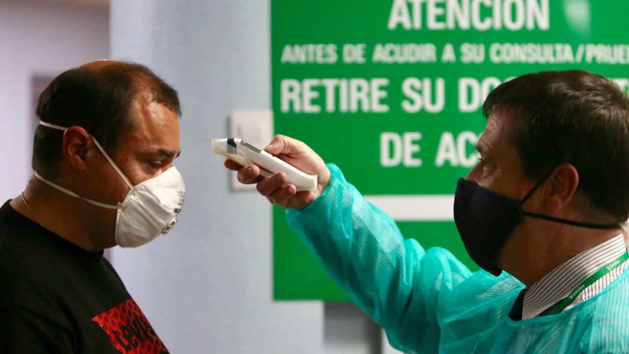 La mascarilla con válvula solo está permitida con indicación médica