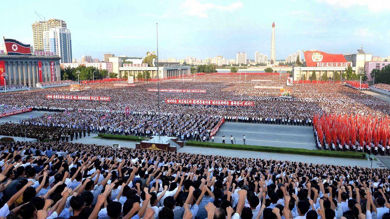 Soldados norcoreanos en Pyongyang