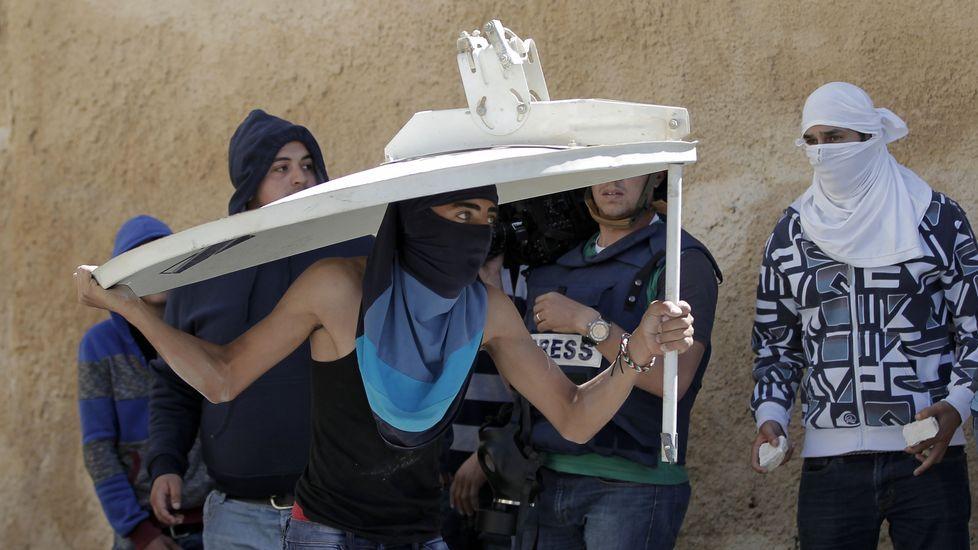 Enfrentamientos en Palestina tras el fallecimiento de dos jóvenes.Alberto Virella visitó Santiago para dar una conferencia impulsada por la Fundación Araguaney.