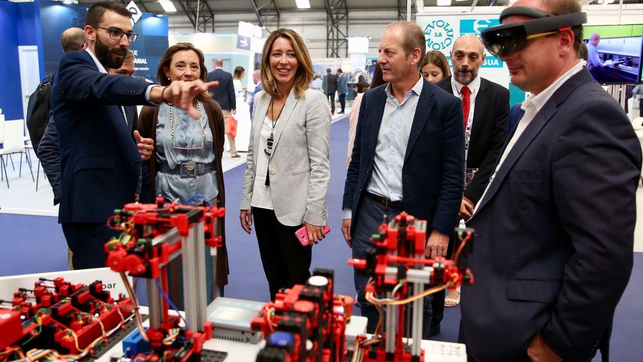 La Secretaría de Estado de Comercio, Xiana Méndez visita Mindtech en Vigo.El Gobierno británico ha instalado en las calles de Londres carteles de concienciación ante el «brexit»