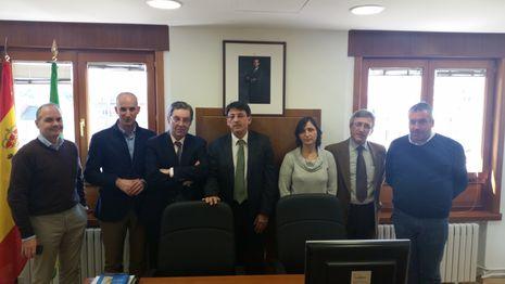 El director xeral de Xustiza visitó esta semana el juzgado de paz de Curtis