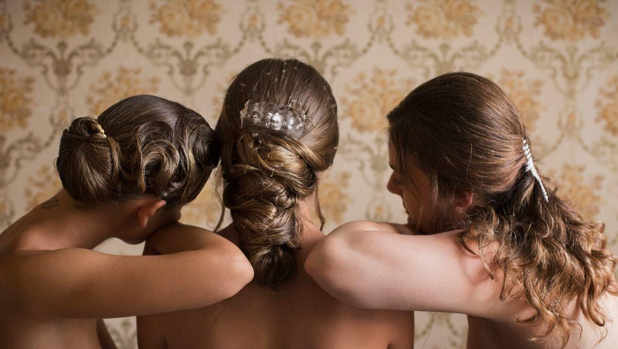 Uno de los peinados de novia diseñados por Ángeles Salgueiro que se inspiran en la obra del artista David Catá