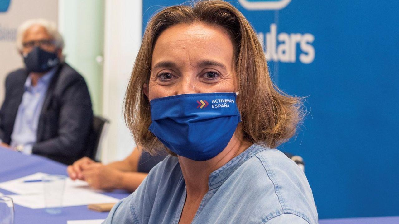 Adiós a los teléfonos 902.La nueva portavoz del Grupo Parlamentario Popular, Cuca Navarra, en una imagen de archivo en las islas Baleares