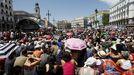 La plaza madrileña de Sol, repleta de gente en mayo del 2011 con las movilizaciones del 15M