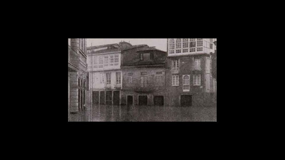 La actual plaza de Doctor Goyanes, inundada por las aguas del Cabe