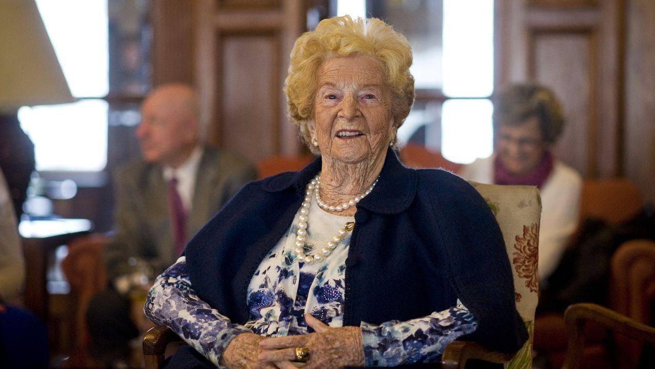 Titina Menéndez, el dia que cumplió los 100 años.