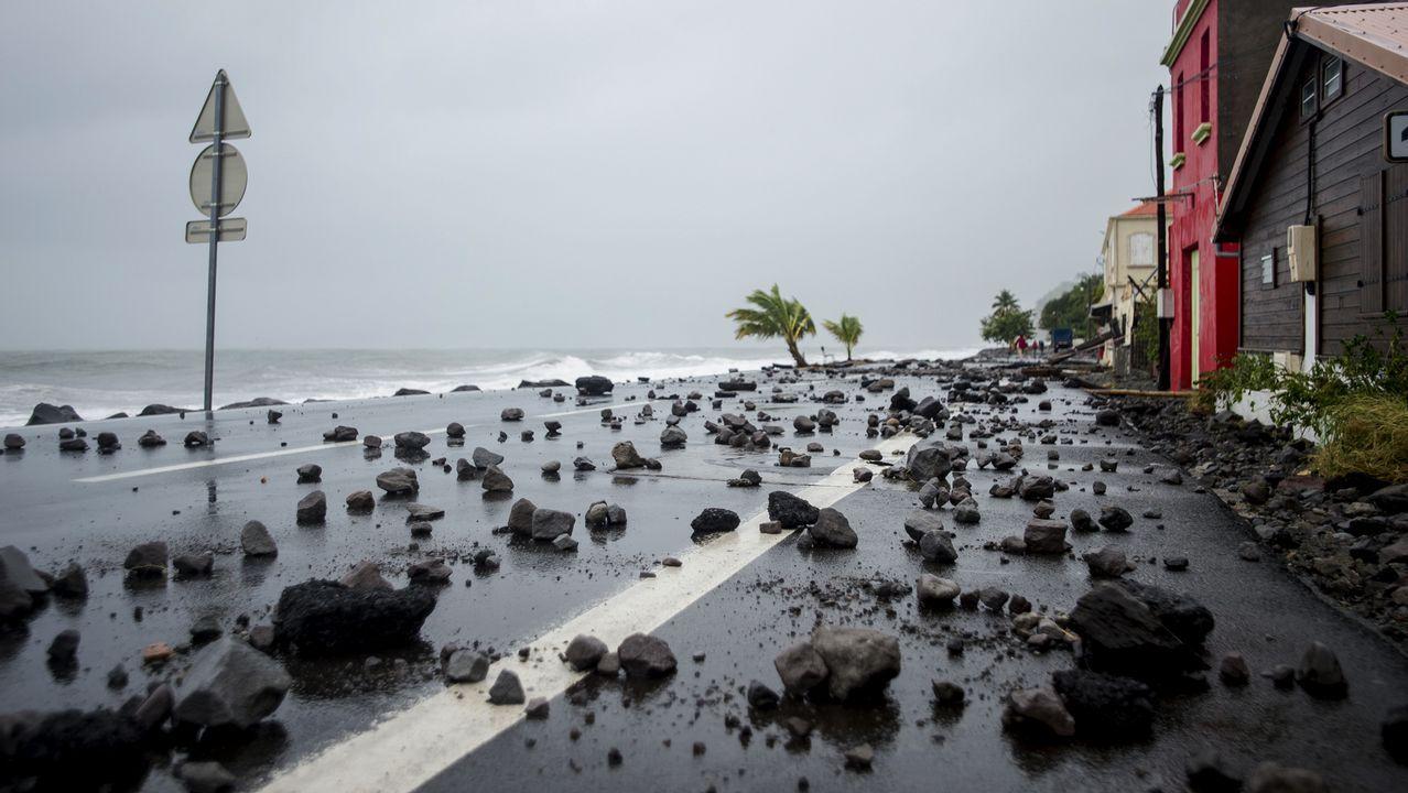 El devastador paso del huracán «María» por Dominica