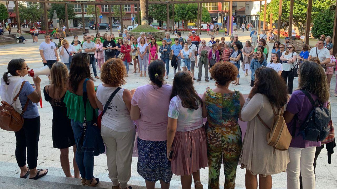 El grito feminista de «Los Suevos» en «Boom».Ana Varela xa ten outro poemario anterior premiado e publicado