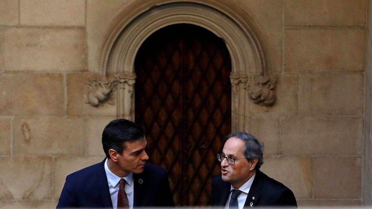 La reina Letizia, Pablo Iglesias y Feijoo acuden al Ágora para la entrega de los Premios Fundación Princesa de Girona.Pedro Sánchez y Quim Torra, en el Palau de la Generalitat, antes de su reunión del 6 de febrero del 2020