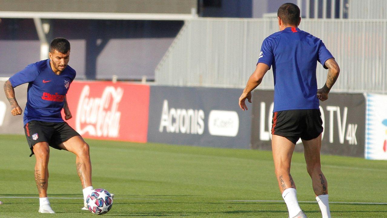 Borja Sánchez persigue un balón en el amistoso ante el Salamanca UDS