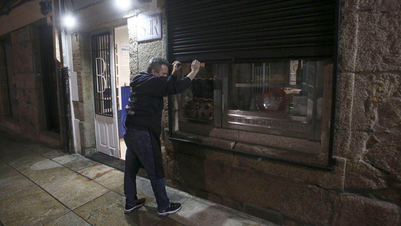 Bar cerrando en Ferrol