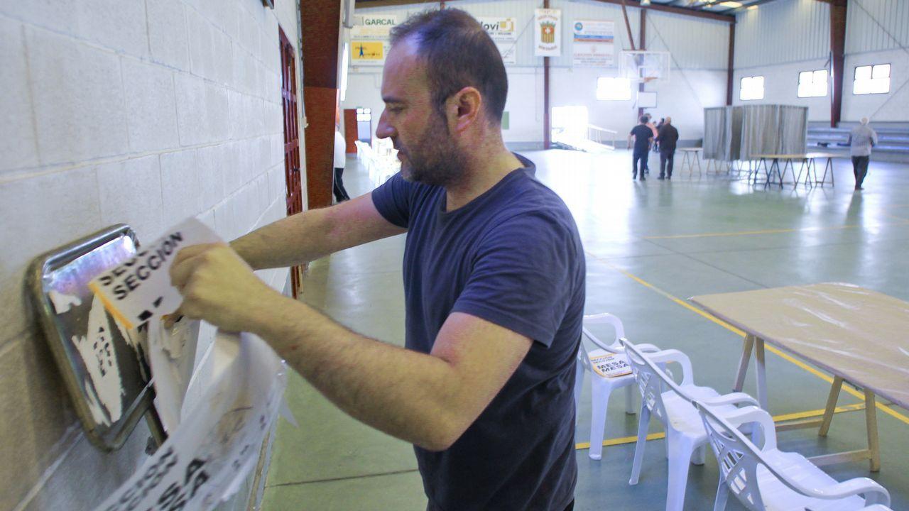 Así votaron los candidatos de Ferrolterra.Mariló Candedo y José Manuel Sande