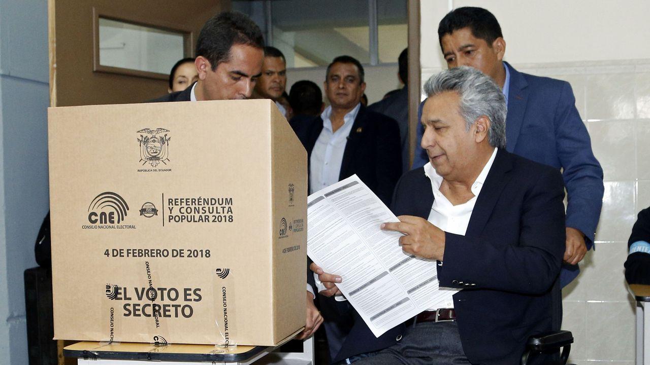 EN DIRECTO:Juan Guaidóaparece en públicotras su autoproclamación como presidente.El presidente Correa conserva una amplia base de simpatizantes que se manifestó en la calle