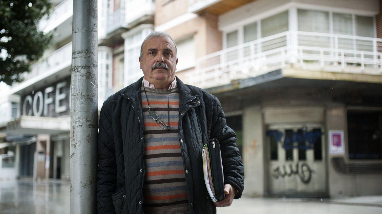 Francisco Morales perdió a su esposa enferma de ELA y a su hija Sandra, que es la que había puesto el dinero para la compra de una vivienda adaptada para su madre, por la que siguen esperando desde hace 14 años