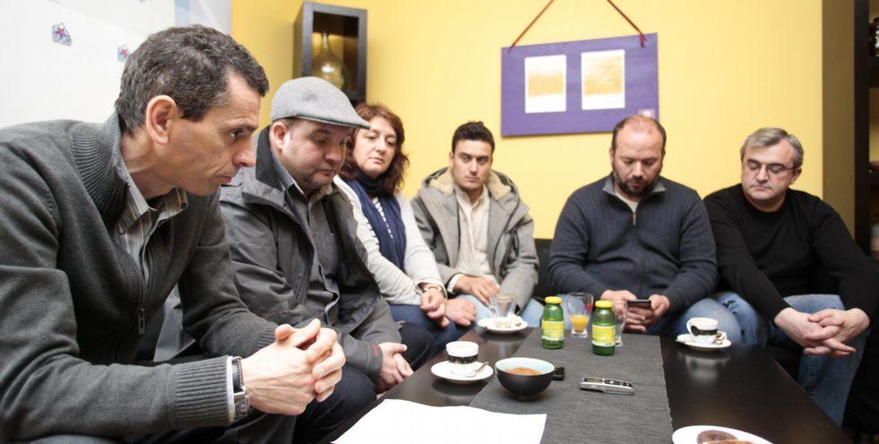 Varios candidatos comarcales del BNG, ayer en Silleda.