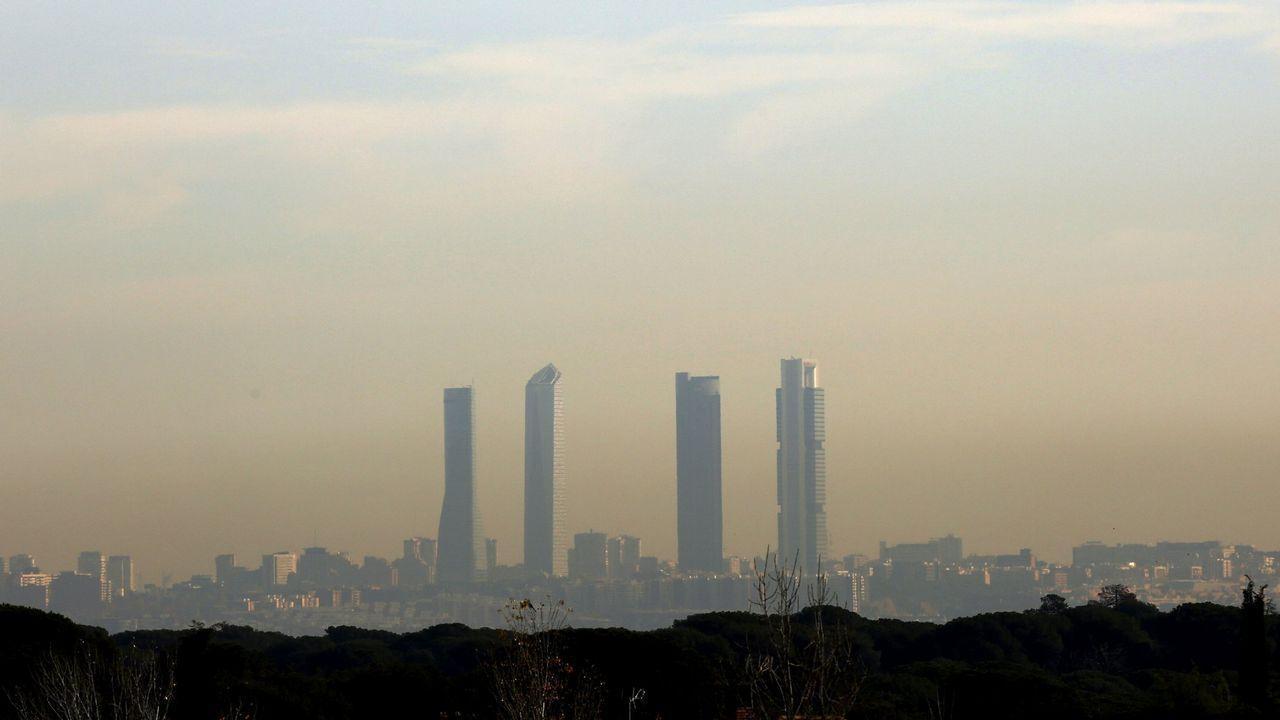 Nube de polución sobre Madrid