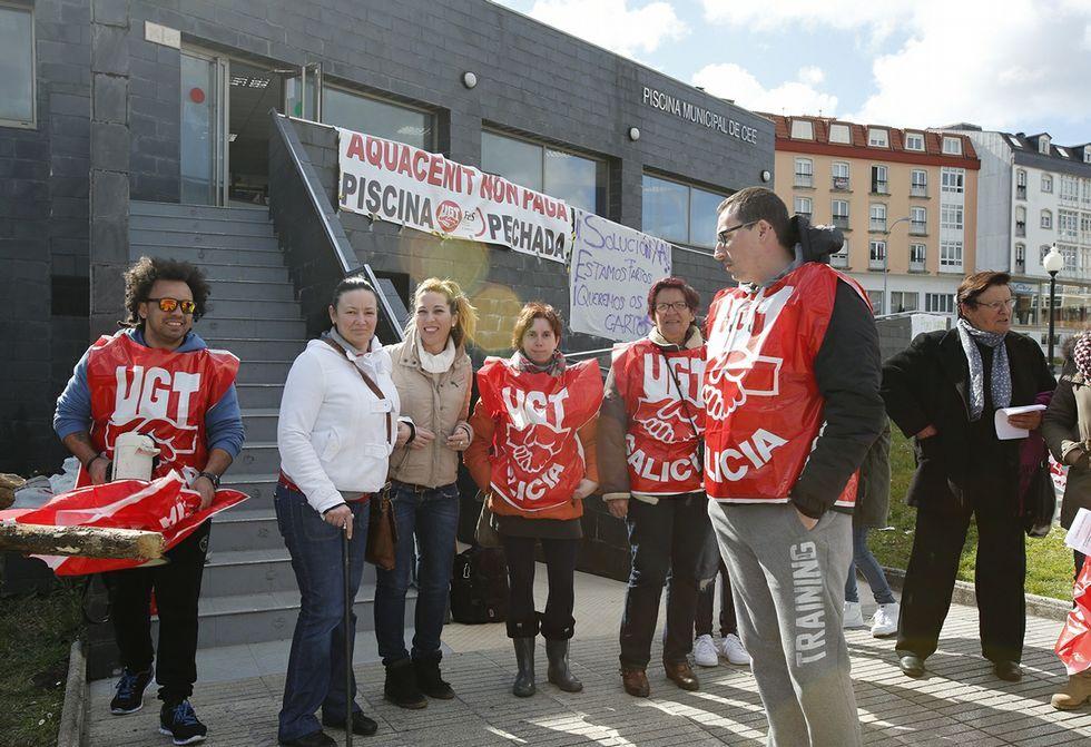 Los trabajadores siguen con la huelga indefinida y tienen sin cobrar dos meses y medio de salario.