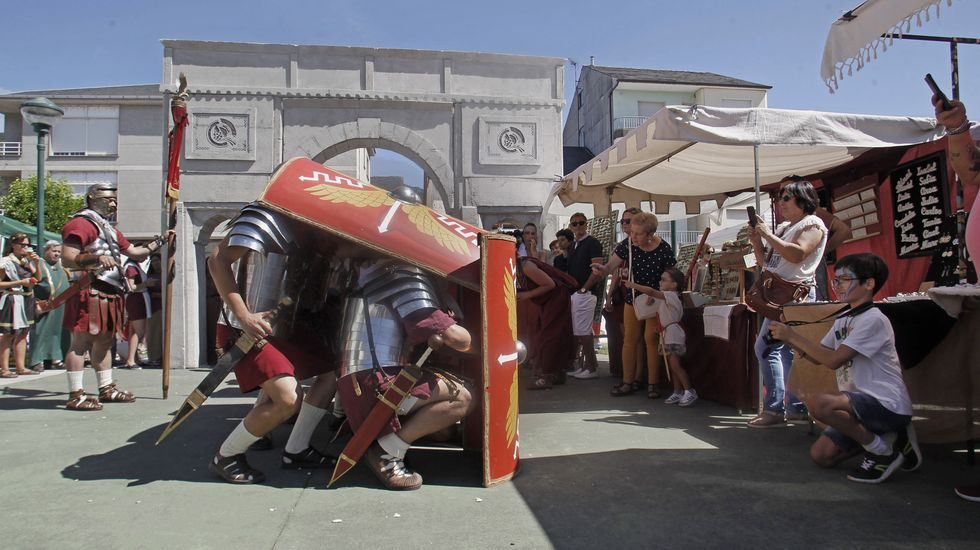 Romanos, castrexos, cuernos enormes... y mucha fiesta. Las fotos de la fiesta romana de Quiroga.Imaxe promocional do espectáculo «Un verso, un cantar», que se ofrecerá en Quiroga