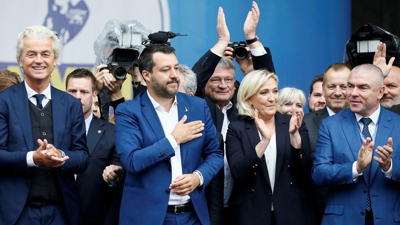 De izquierda a derecha, el holandés Geert Wilders, el italiano Matteo Salvini y la francesa Marine Le Pen, en la cumbre de extrema derecha celebrada en Milán
