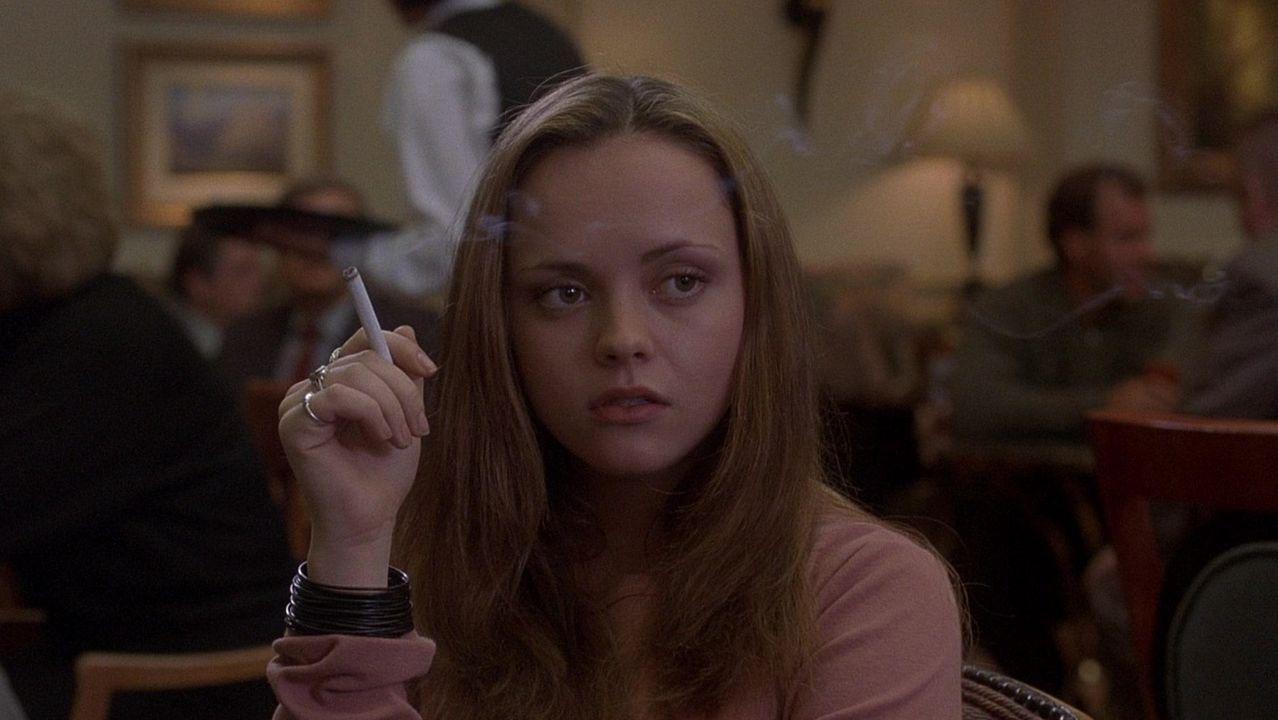 La actriz Christina Ricci en el papel de Elizabeth en el filme de Erik Skjoldbjaerg que adaptaba «Nación prozac»